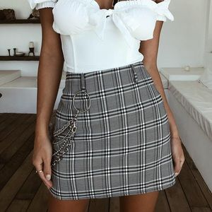 I am Gia glen plaid mini skirt dupe